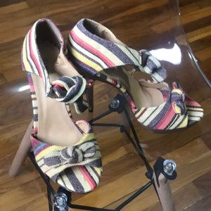 Shoedazzle Peep Toe Platform Stilettos Sz 9